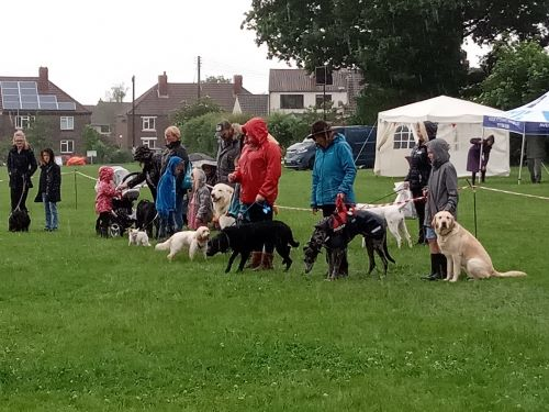 Frampton Cotterell picnickers defy the weather