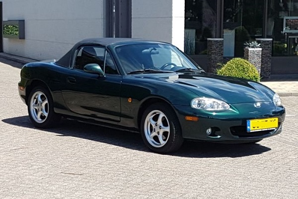 Here I go again: Mazda MX5 Mark 2